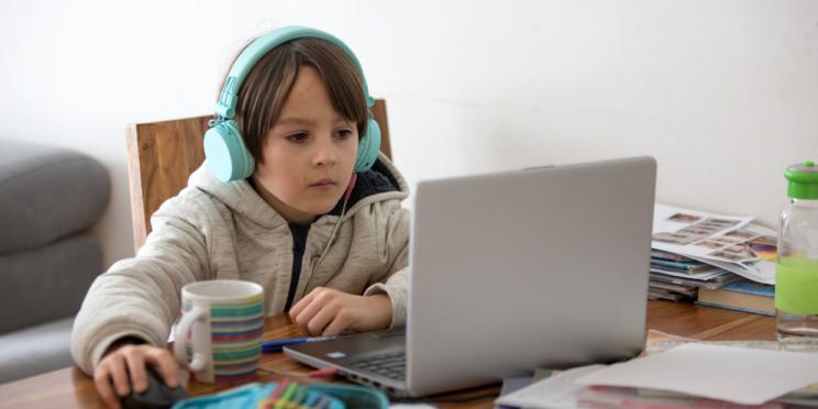 FDP-Fraktion setzt sich für hochwertige Bildungsangebote im häuslichen Lernen ein